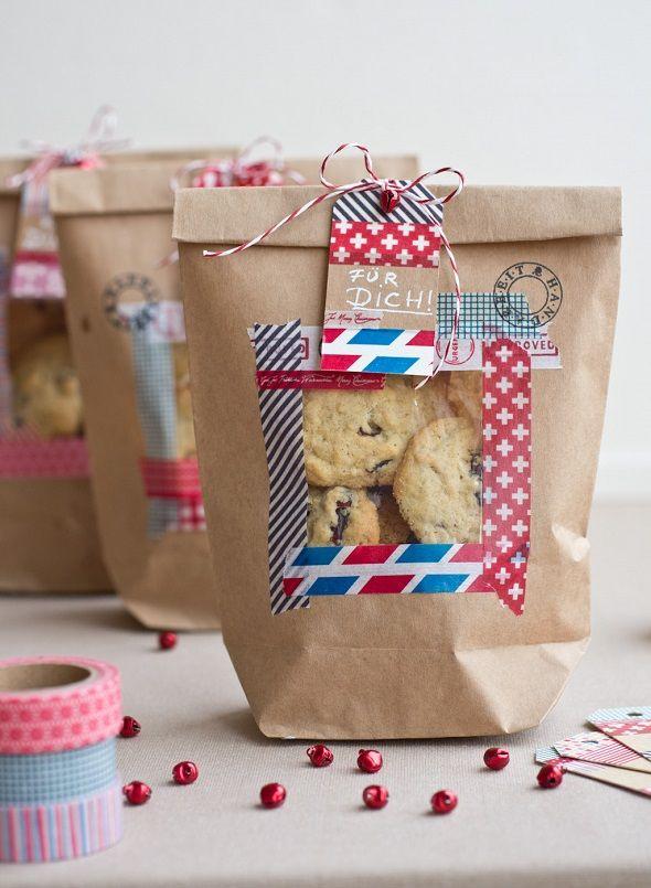 DIY-Anleitung: Kekstüten selber machen // christmas diy tutorial: how to make a cookie bag via DaWanda.com