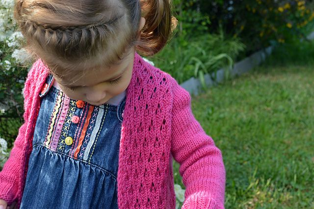 Ravelry: Project Gallery for Little (Splash of) Petrichor pattern by Hanna Maciejewska