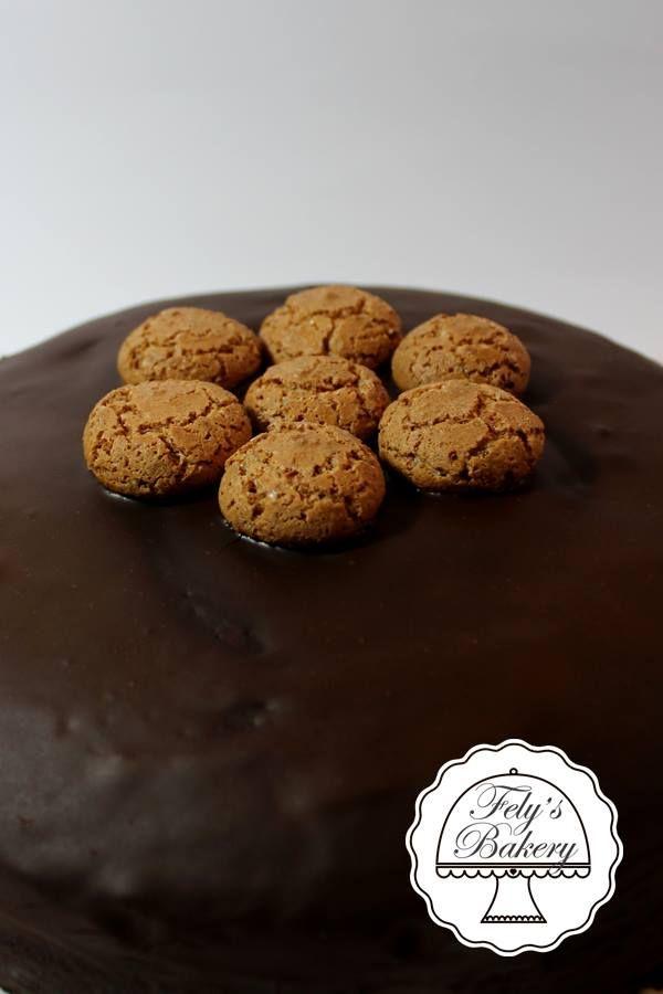 Torta+Amaretti+e+cioccolato+fondente
