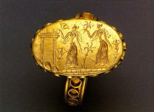 Signet gold ring - Minoan Crete, Greece.