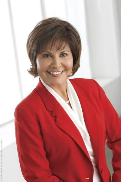 Gloria Campos says she never expected to stay at Channel 8 more than a couple of years. She'll end her 30-year run at WFAA with Friday's 10 p.m. broadcast.