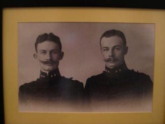 Charles and is 2 year younger brother, Richard, in uniform at KMA (Dutch Military Academy) in 1905. Both were brilliant students. (source: Stichting Vrienden van Bronbeek)