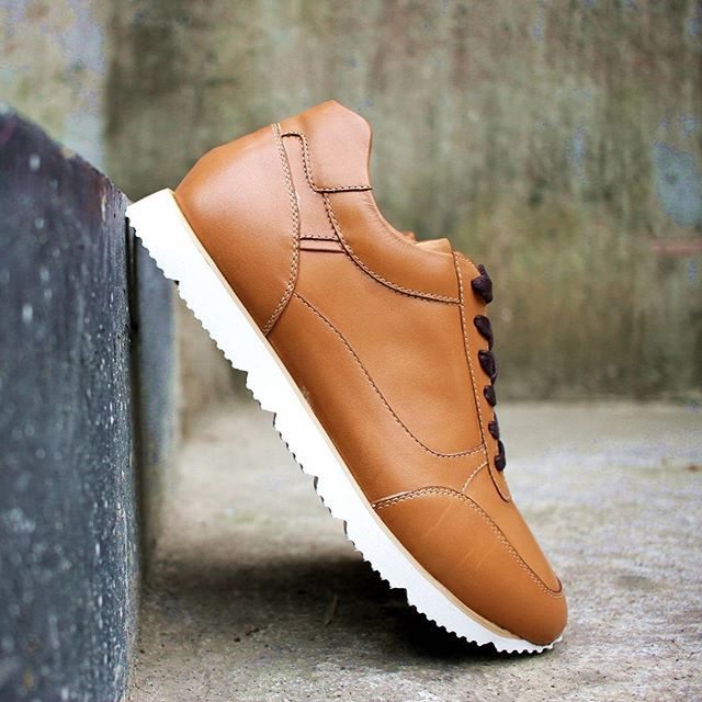 """""""If i ever let my head down, it will be just to admire my shoes""""  We have three colourways for this Alto, we designed this article for runners look but we use leather for durability.  #ftale #ftalefootwear #shoeporn #menshoes #ootd #localproduct #jualsepatu #canvas #summershoes #gentlemanshoes #gentlemenshoes #localbrand #debenhams #fashion #slipon #newarrivals #onsale #metrodepartmentstore #shoestagram #shoes #leather"""