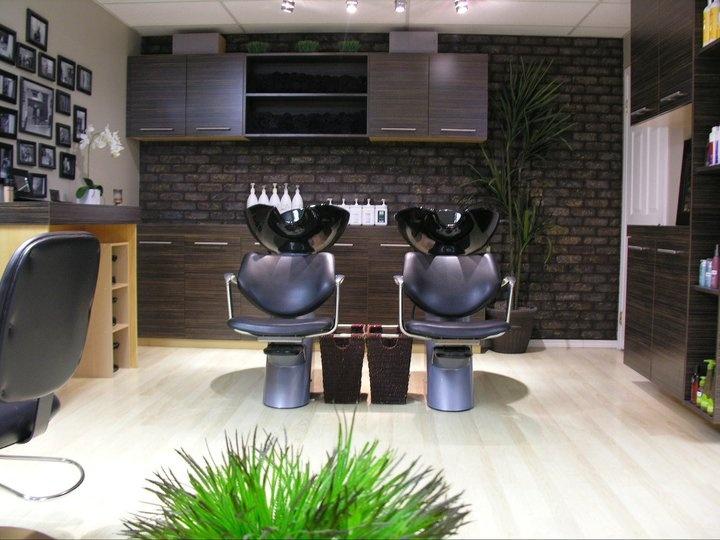 Love this Shampoo Station @ Urban Texture Hair Studio Inc.   xoxo Beautylove Aprons