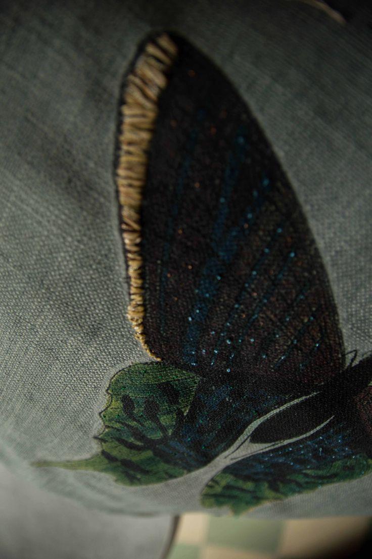 Cojín de lino hecho a mano, por artesanos mexicanos by BERKANA Shop