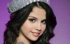 Selena gomez !*