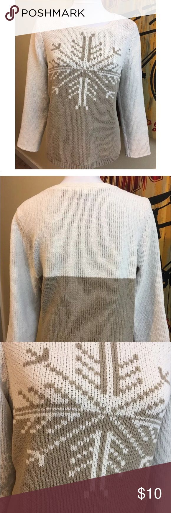"""J. Jill Crewneck Snowflake Sweater Super Soft J. Jill Winter Women's Crewneck Sweater   Holiday Snowflake Design  Beige/Cream  Long Sleeves  100% Polyester -- Extra Plush - Feels like cotton  Size Medium  20"""" Underarm to Underarm Length -  24""""  Sleeves - 22""""  Great, pre-owned condition!  Smoke Free Home J. Jill Sweaters Crew & Scoop Necks"""