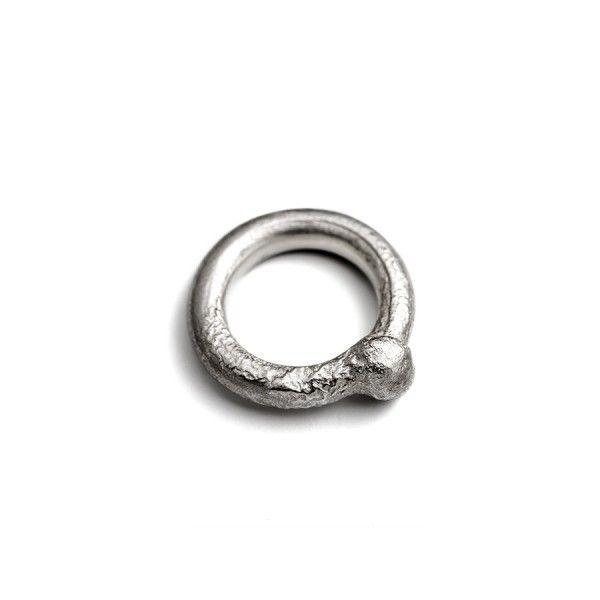 'BOL' massive silver ring from the jewellery label JUWEELTJES