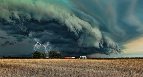 Storm Cell, Grand Prairie, Texas  photo via laura
