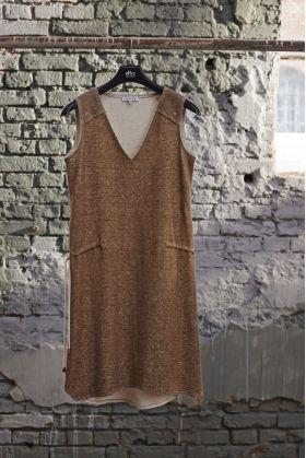 Sukienka ściągana sznurkiem w talii