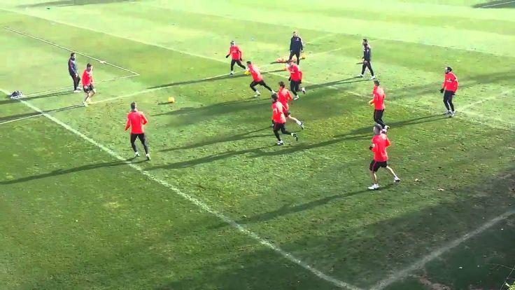 Atletico de Madrid Amazing pass under pressure training