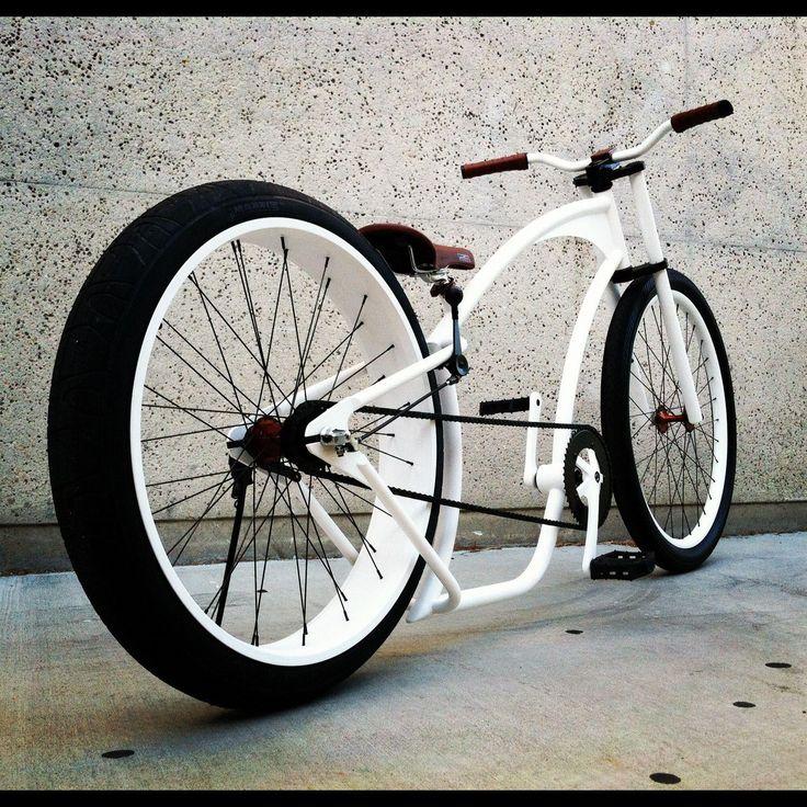 Coolest bike ever hands down ! #like #bike #white #style #urban #prototype