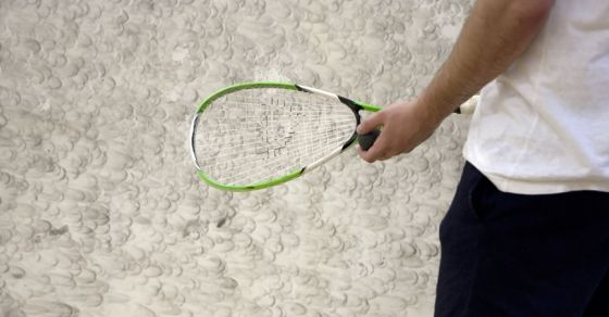 How you play squash?