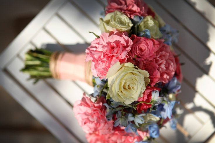 Coral and blue bridal bouquet  Photography: Custo Photo  Flowers: Eve Poplett: Blue Bridal Bouquets, Bouquets Photography, Bouquet Photography, Coral Bouquets, Photo Flower, Color Combos, Dreams, Flower Bouquets, Custo Photo