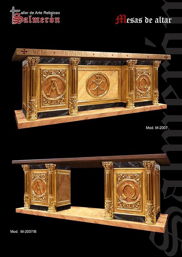 mesa da altar madera y  pan de oro con fondos marmolizados.