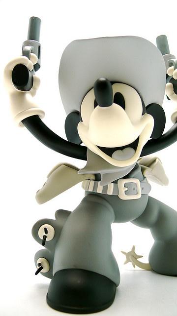 Disney/Medicom Two-Gun Mickey vinyl figure