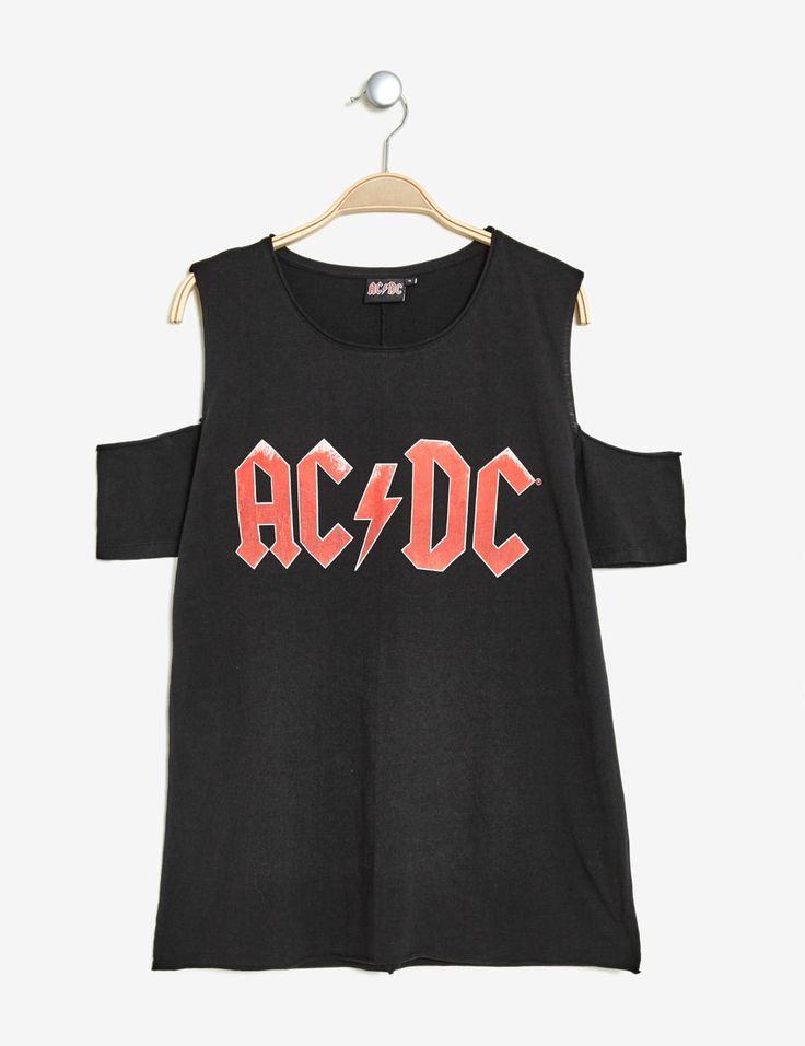 tee-shirt acdc noir - http://www.jennyfer.com/fr-fr/vetements/tops-et-tee-shirts/tee-shirt-acdc-noir-10013984065.html