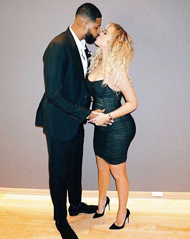 Pregnant Khloé Kardashian Is 'Officially 6 Months' — See Her Latest Baby Bump Picture