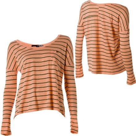 Cute color, cute shirt!Snazzy, Fashion, Style, Shirts, Clothing, Woman, Colors, Aint