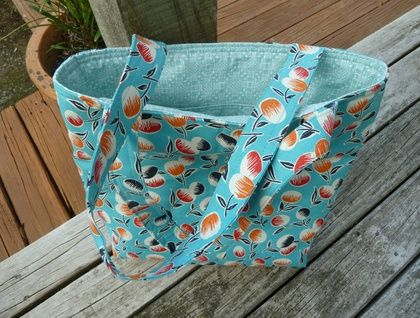Berries on Blue - Tote
