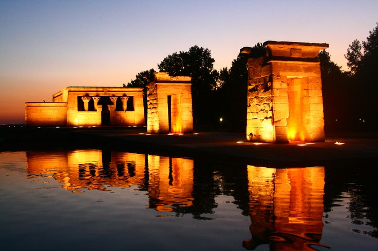 Buy the #TempleofDebod #tickets online from GOGO Discover. The entrance of the temple of Debod is free for all visitors. Search hotels and air flight booking.