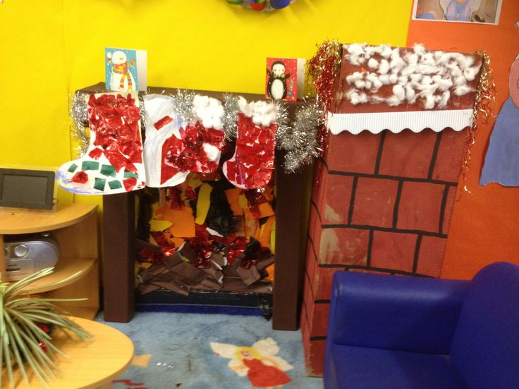 Christmas role play corner, initiated and made by the kids