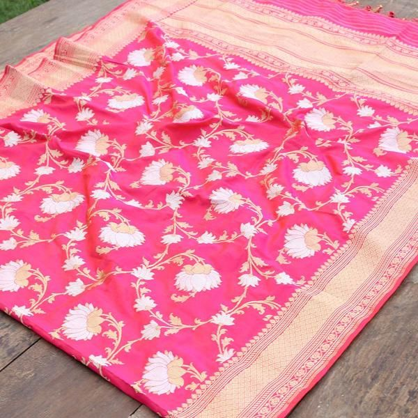 This dupatta is Banarasi regalia at its finest. A luxurious color adorned with an exquisite roopa sona zari floral jaal in kadhua weave, make this a keepsake. B