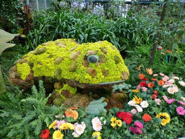 Marvelous  topiaries to launch a creative garden season