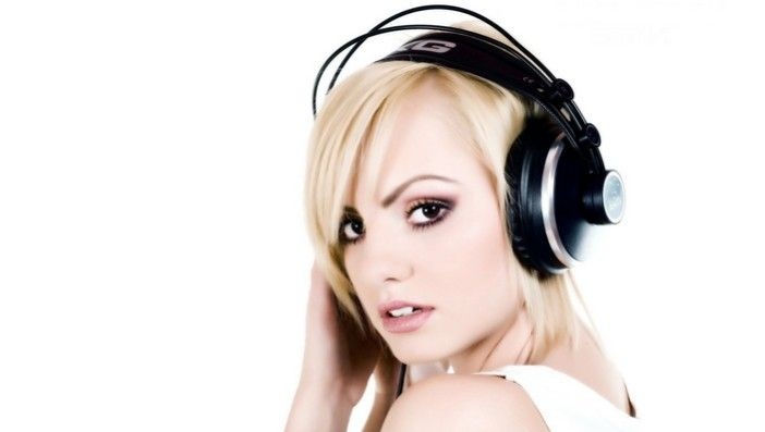 Arti telinga berdenging sebelah kiri -> http://www.venelova.com/momen/makna-arti-telinga-berdenging-sebelah-kiri-menurut-islam.html
