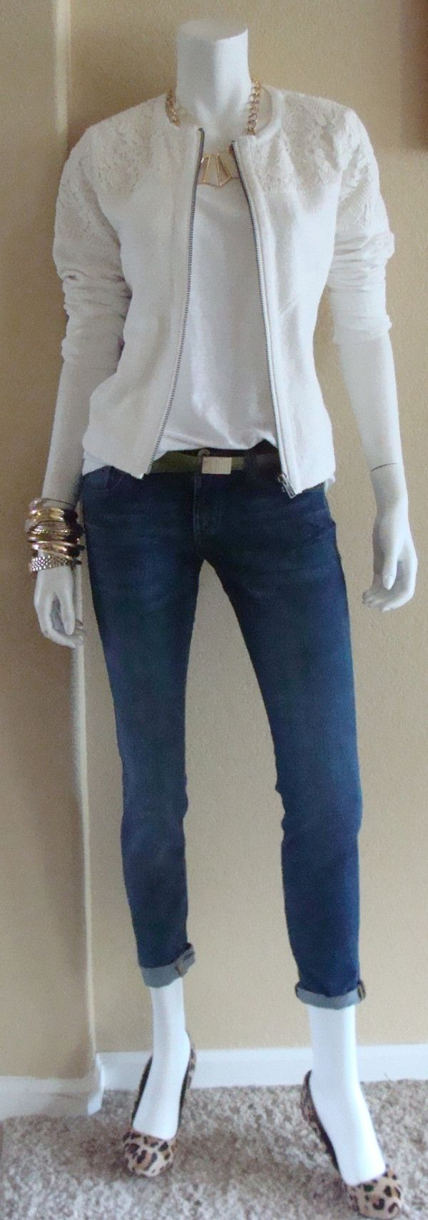 Daily Look: CAbi Spring '14 Ruby Jean, Linen Tank, Occasion Jacket and Boa Belt.  I'll have one of each, please!
