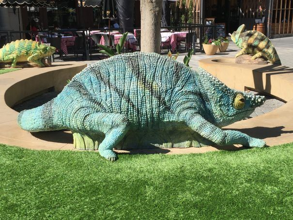 Park Valencia solves the problem of shopping with kids by providing a killer play space for kids at Santana Row—just in time for the holidays!