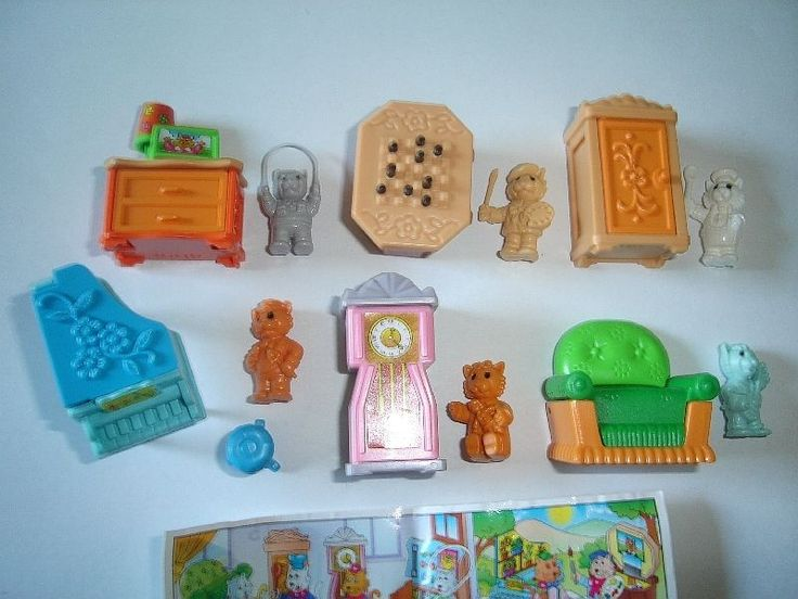 KINDER SURPRISE SET - CATS WITH FURNITURE - FIGURES TOYS COLLECTIBLES