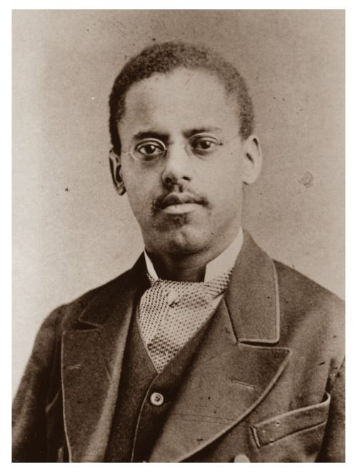 LEWIS HOWARD LATIMER | THE GENIUS OF INVENTION Though Thomas Edison is recognized as the inventor of the light bulb, African-American inventor Lewis Howard Latimer played an important role in its development. In 188, Latimer patented a method for...