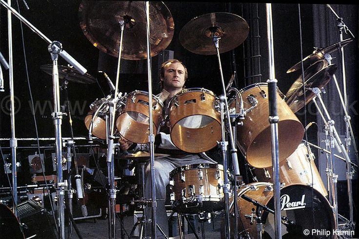 Phil Collins ( In The Air Tonight Pearl drumset)