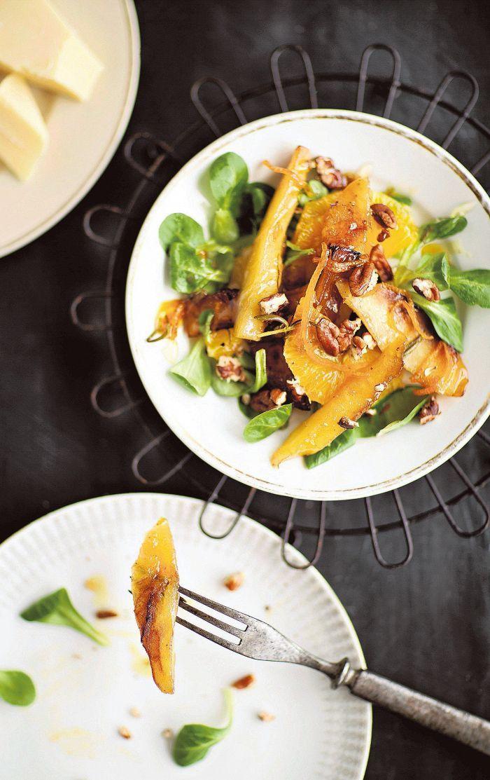 Palsternakkasalaatti raikastetaan appelsiinilla ja tarjotaan saksanpähkinöiden ja gruyéren kera.