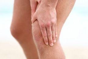Un traitement efficace de l'arthrose du genou seulement des médicaments en pharmacie, en particulier diagnostiqué dans les premières étapes de la maladie peut être beaucoup de temps pour maintenir une qualité de vie normale. Mais parce que la médecine ne s`arrête pas, à l'aide d'un médecin viennent les nouveaux moyens plus sophistiqués pour guérir l'arthrose du genou.Un traitement efficace de l'arthrose du genou seulement de