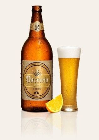 Cerveja Patricia Weisse, estilo Witbier, produzida por FNC SA, Uruguai. 4.2% ABV de álcool.