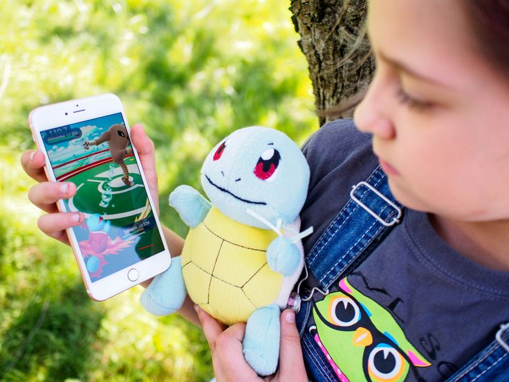 What do you do when Pokémon Go crashes, your battery is being drained, or you can't play? We've got a few tips.
