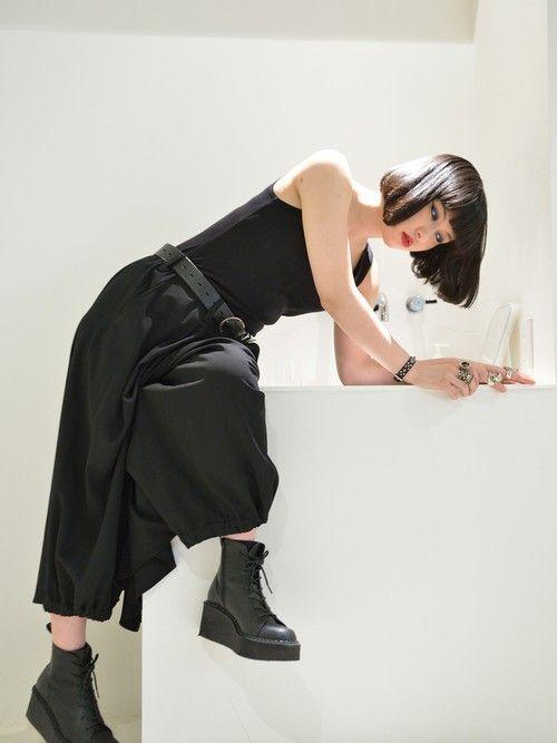素子パンツ「Yohji Yamamoto Homme カラスパンツと厚底ブーツ」Styling looks