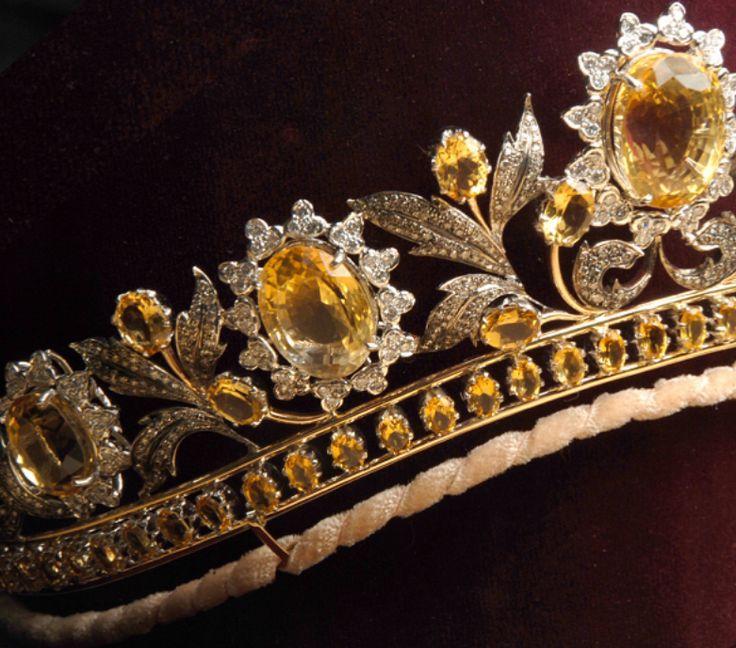 تيجان ملكية  امبراطورية فاخرة D75a4d409953930c8ef3c567fbd50f64