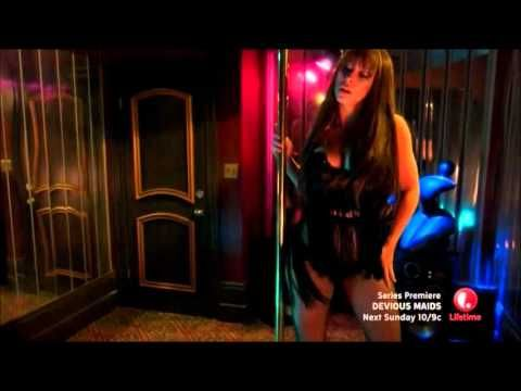 "Jennifer Love Hewitt pole dances to Ciara's ""Body Party"" - YouTube"