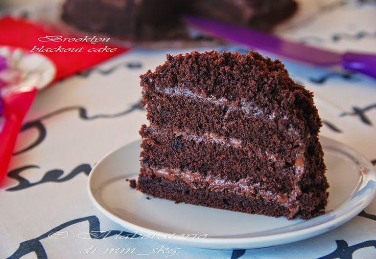 IL LABORATORIO DI MM_SKG: BROOKLYN BLACKOUT CAKE : ΤΟ ΚΕΪΚ ΤΗΣ ΣΥΣΚΟΤΙΣΗΣ! ♦♦ BROOKLYN BLACKOUT CAKE : TORTA CIOCCOLATOSA AMERICANA