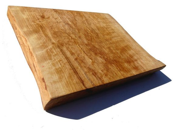 Serving / Butchers / cutting board Full cross section from Single piece of wood serving plate