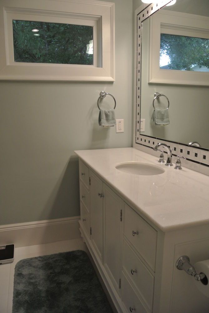 Look At Me Now A Bathroom Remodel Goes From Crowded To Spacious
