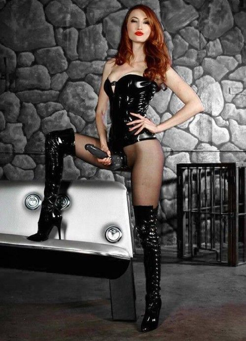 mistress kendra knight
