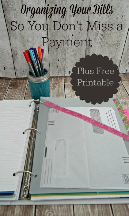 It can be easy to miss a payment because you've lost or misplaced a bill. Here's my system to organize bills so you don't miss a payment, along with directions for creating a simple binder and a free printable.
