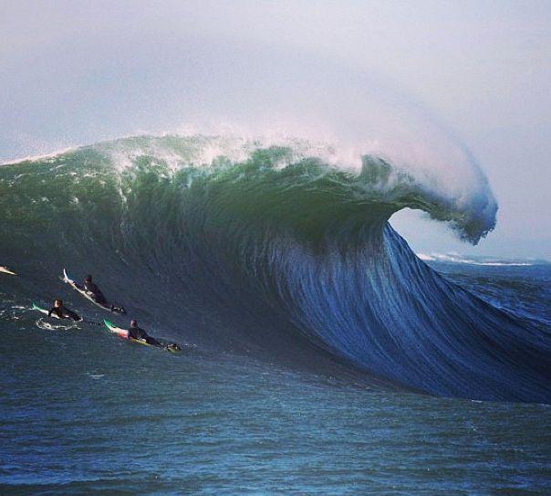 Mavericks Wave, Half Moon Bay, CA
