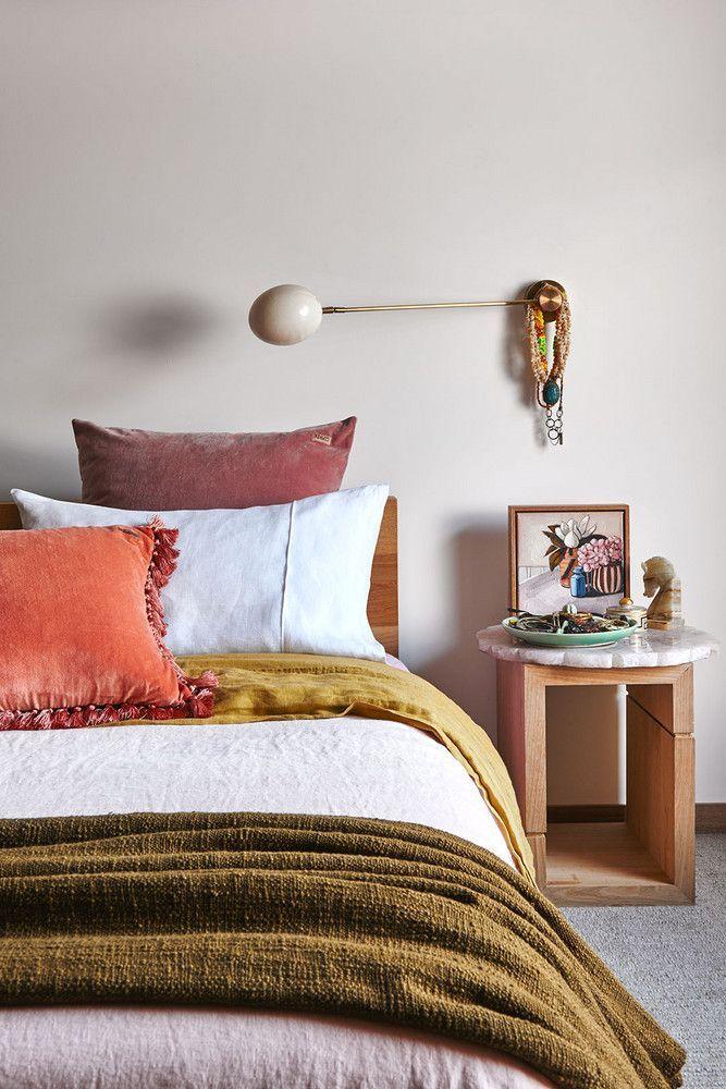 fall-inspired bedroom