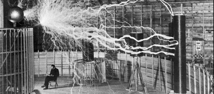 Twitter y la Electricidad: Tesla versus Edison