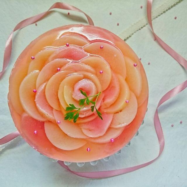 桃のヨーグルトムースケーキ もう1台~  こちらは15㌢